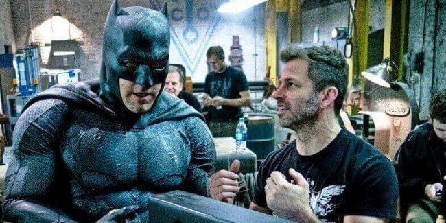 Regissør Snyder, her med Ben Affleck i rollen som Batman Snyder Batman V Superman
