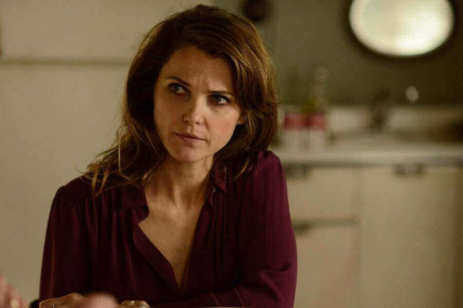 "THE AMERICANS -- ""Chloramphenicol"" Episode 404 (Airs, Wednesday, April 6 30, 10:00 pm/ep) -- Pictured: Keri Russell as Elizabeth Jennings. CR: Nicole Rivelli/FX 160405 news the americans"