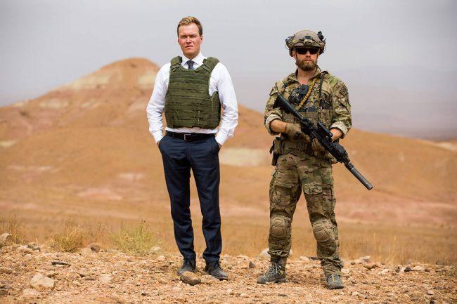 Utenriksministeren (Christian Rubeck) Erling Riiser (Aksel Hennie). AkselHennie ChristianRubeck