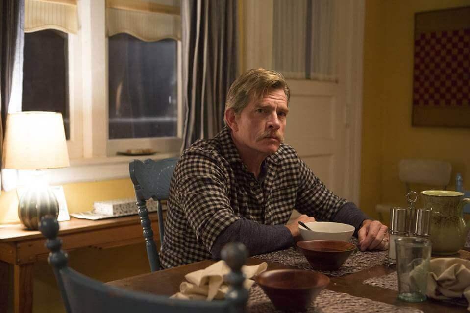 Thomas Hayden Church spiller Robert i Divorce AR AO235 MUSTAC J 20161006101633