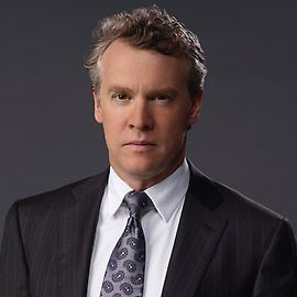 Deception-tate donovan