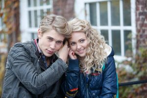 the-carrie-diaries-preview-ftr1