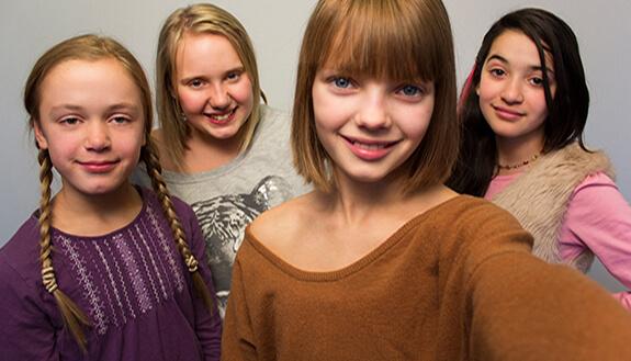 Jenter. Foto: NRK