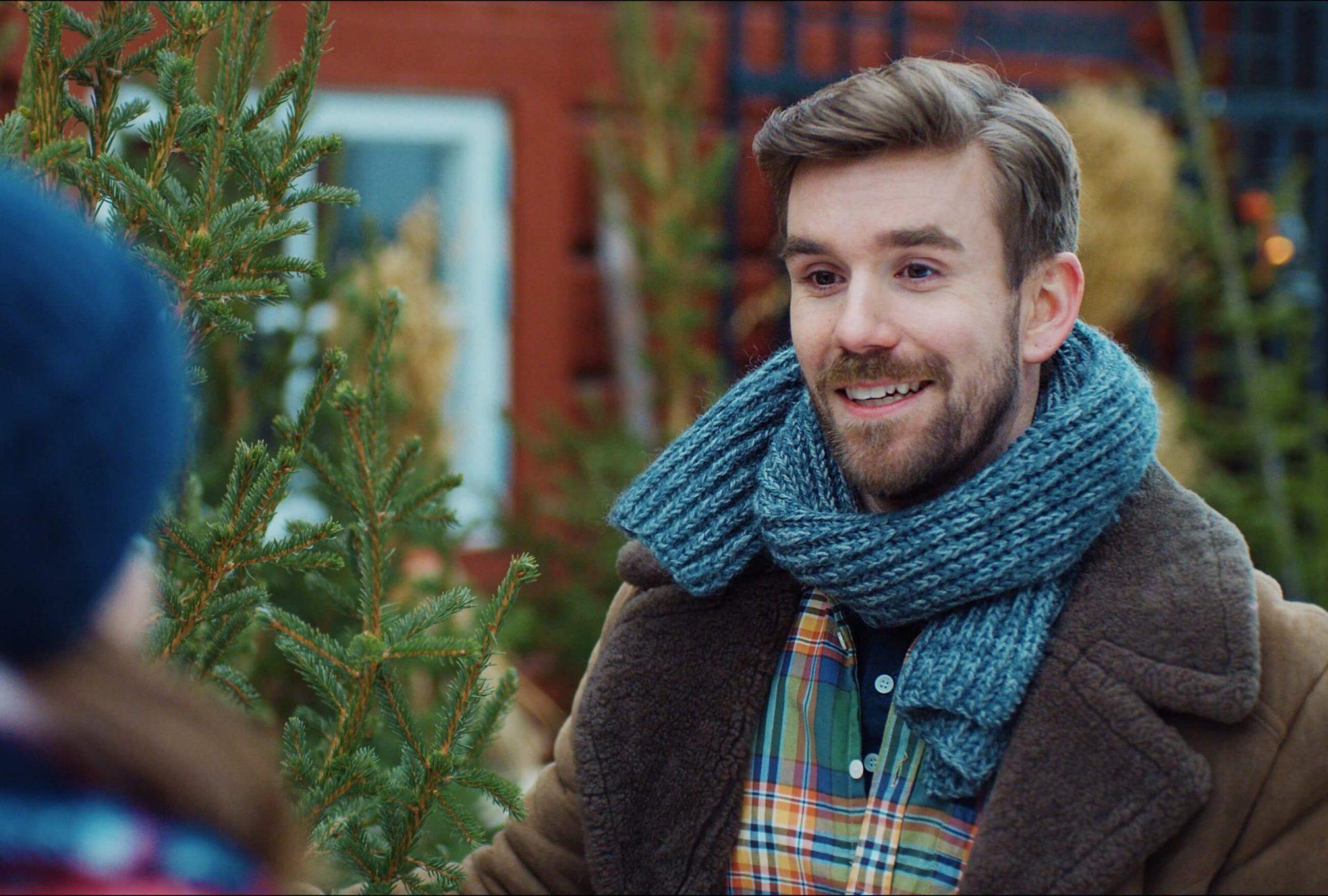 Stian Blipp i Hjem til Jul. Foto: Netflix